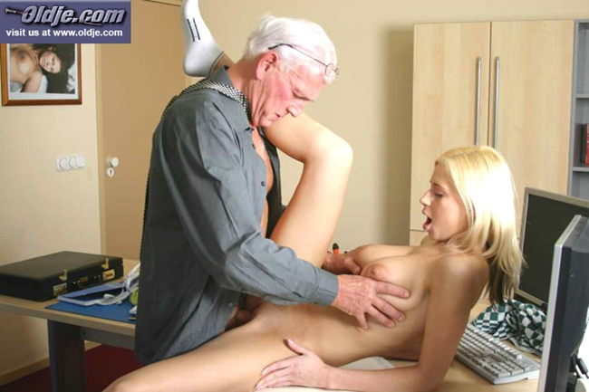 Beauty And Senior Sex 6