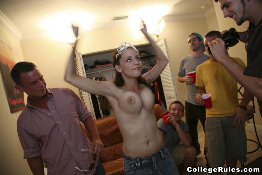 Party college pov carga de puta